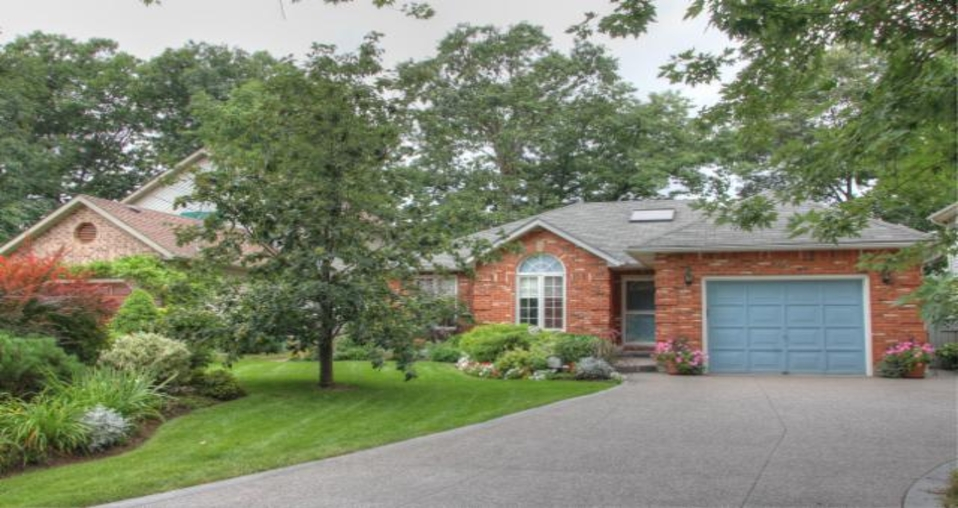 Miraculous Home Exchange In Canada Between Toronto And Niagara Falls Home Interior And Landscaping Ologienasavecom