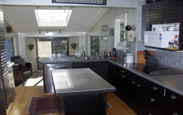 Home exchange in Canada,Vancouver, BC,Canada - Vancouver - House (2 floors+),Home Exchange  Holiday Listing Image