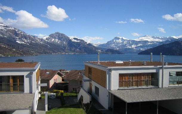 Kodinvaihdon maa Sveitsi,Lucerne, LU,Switzerland - Lucerne, 20kE, Lake & Mountains,Home Exchange Listing Image