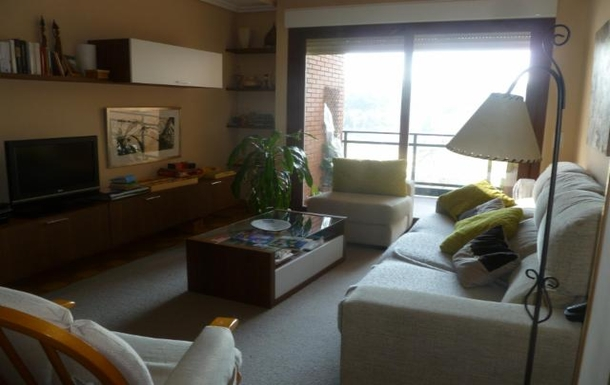 BoligBytte til,Spain,Madrid Central,living room facing out