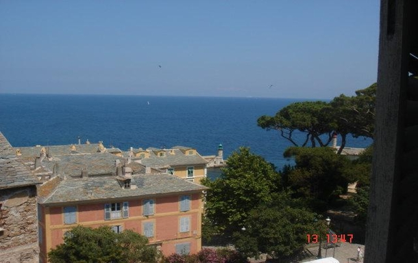 Home exchange in France,Bastia, Corse,3 BEDROOMS DOWNTOWN APARTMENT WITH SEA VIEW,Home Exchange & House Swap Listing Image
