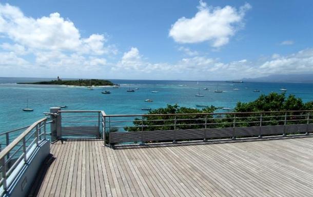 BoligBytte til,Guadeloupe,Le Gosier, 2k, E,beautiful spot  minute drive