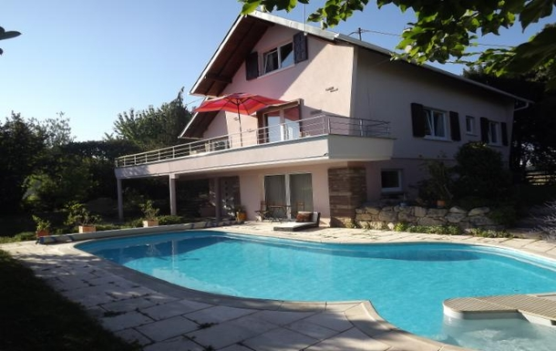 our house and pool