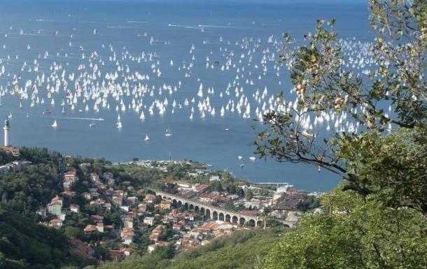 Il golfo di Trieste visto dall'alto durante la Bar
