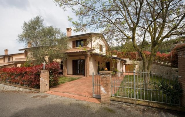 Home exchange in Italy,Magione, Umbria,Italy - Trasimeno lake - House (2 floors+),Home Exchange & Home Swap Listing Image