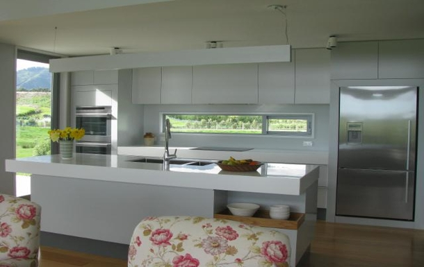 BoligBytte til,New Zealand,RD 1 WAIKANAE,KITCHEN FROM LOUNGE.