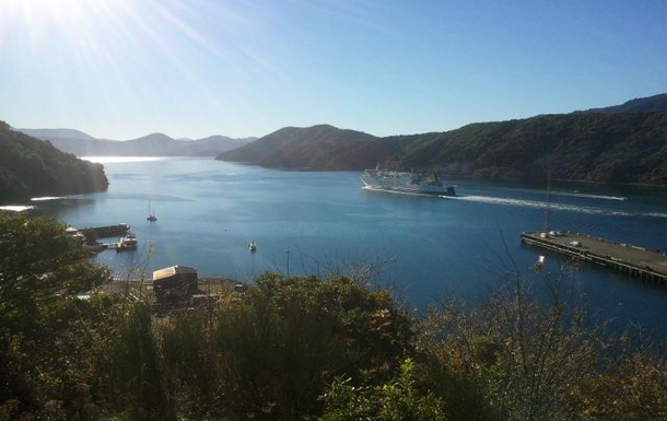 Home exchange in,New Zealand,Picton,Ferry to Wellington (Our capital city)