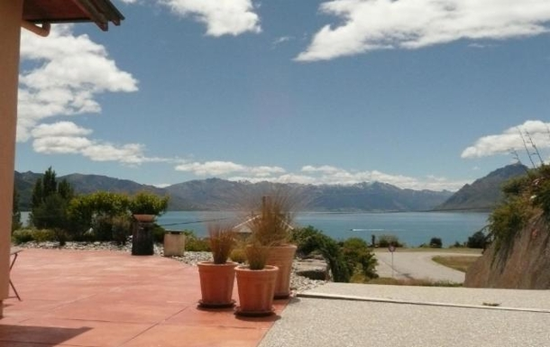 Views from the front terrace over Lake Hawea