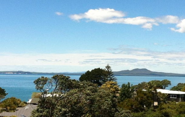 Home exchange in New Zealand,Auckland, 20k, N, Auckland,Olde Torbay, Wide Sea Views - 20k Auckland,Home Exchange & Home Swap Listing Image