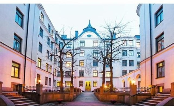 BoligBytte til,Sweden,Stockholm city, 0k,,Our backyard. There are 2 grills to be used by the