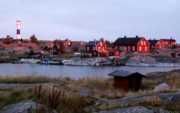 BoligBytte til,Sweden,Stockholm, 30k, NW,The archiplago:small islands with cottages to rent