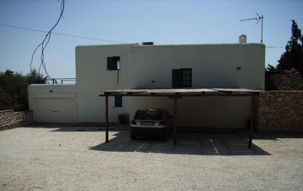 BoligBytte til,Greece,Paros, Greece.  Tsanes,Two shaded parking spaces