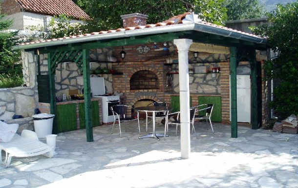 BoligBytte til,Montenegro,Risan,The summer kitchen with Bar-be-que