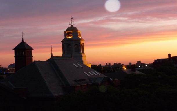 Cambridge, MA, beautiful, private condominium; 2BR