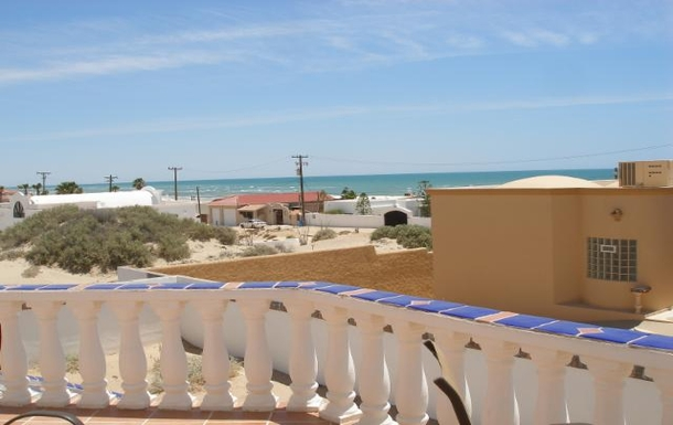 BoligBytte til,Mexico,Puerto Penasco,Off back  deck  looking south  toward Bird  Island