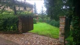 Koduvahetuse riik/Italy/Montespertoli/the indipendent entrance to the garden