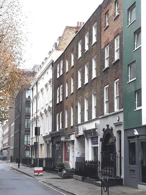 Top floor flat in Fitzrovia