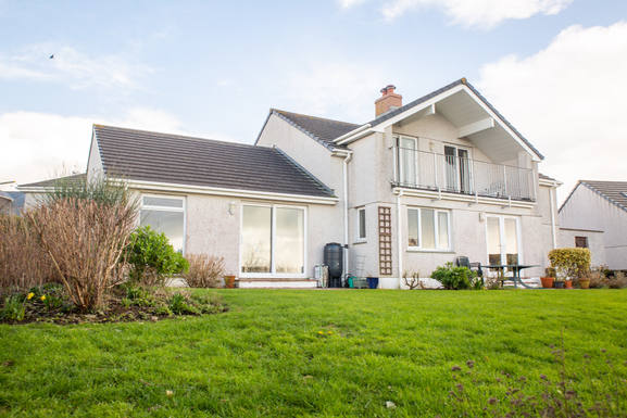 Home exchange country Birleşik Krallık,Helston, Cornwall,Easy access to village beach & coast path,Home Exchange Listing Image