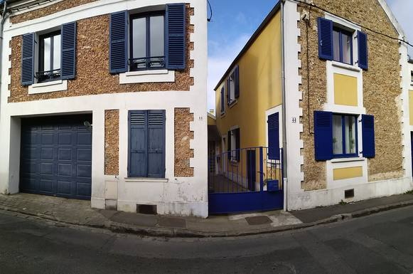 Home exchange in France,BRUNOY, paris,Our house is a large guest house near Paris,Home Exchange  Holiday Listing Image