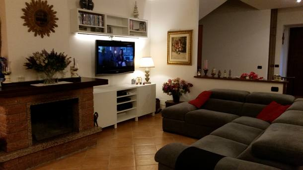 Scambi casa in: Italia,Roma, 5k, N, Lazio,Italy - Roma, 5k, N - House (2 floors+),Immagine dell'inserzione per lo scambio di case