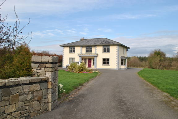 Kodinvaihdon maa Irlanti,Killeigh, Tullamore, Offaly, Leinster,Large Family Home in the Middle of Ireland,Home Exchange Listing Image