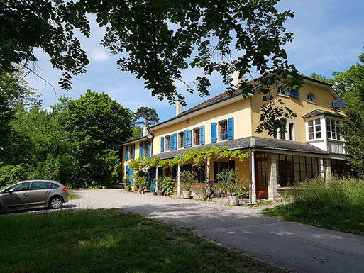 Wohnungstausch in Schweiz,Grand-Lancy, Genève,Welcome to our dream house on the top of a hi,Home Exchange Listing Image