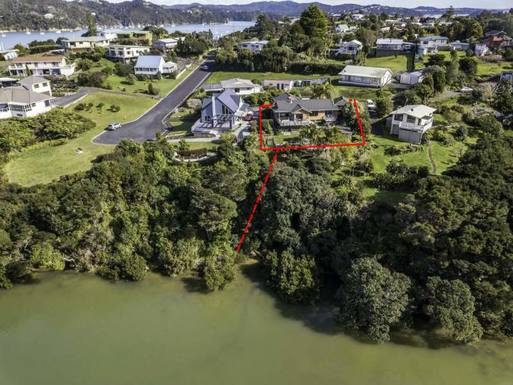 Home exchange in New Zealand,Okiato, Russell Bay of Islands,Holiday Home Bay of Island New Zealand,Home Exchange & Home Swap Listing Image