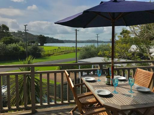 Boligbytte i  New Zealand,Waiheke Island, Auckland,Tui on Blackpool Holiday House,Home Exchange & House Swap Listing Image