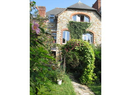 Kodinvaihdon maa Ranska,RENNES, Brittany,City house with sunny garden in Brittany,Home Exchange Listing Image