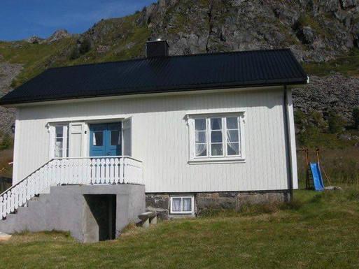 Home exchange in Norway,Bøstad, Lofoten,Charming old cottage in the Lofoten Islands,Home Exchange & Home Swap Listing Image