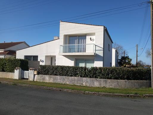 Échange de maison en France,CHALLANS, VENDEE,Maison sur Challans, à 15 km de la mer,Echange de maison, photos du bien