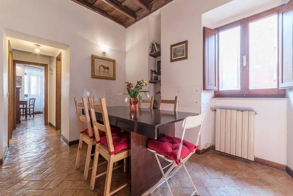 Scambi casa in: Italia,Rome, Italy,Apartment in the Piazza Navona Area,Immagine dell'inserzione per lo scambio di case