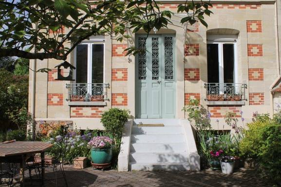 Bostadsbyte i Frankrike,CHATOU, Ile de France,Paris west - Charming 19th century home,Home Exchange Listing Image