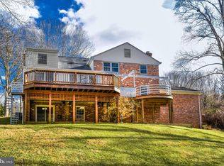 Home exchange in United States,FALLS CHURCH, VA,Large, Beautiful Home Outside Washington, DC,Home Exchange & Home Swap Listing Image