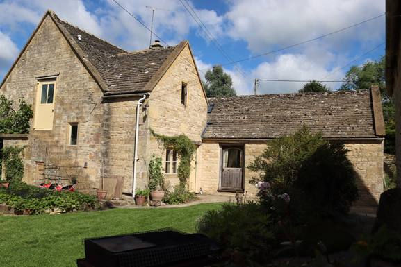 Koduvahetuse riik Suurbritannia,Near Cheltenham, The Cotswolds,Converted barn in pretty Cotswold village,Home Exchange Listing Image