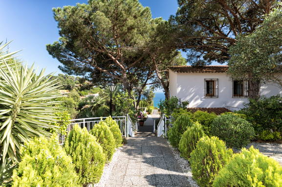 Home exchange in Spain,tossa de mar, Girona,Villa de Arte , great sea view,Home Exchange & Home Swap Listing Image
