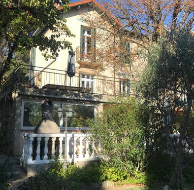 Home exchange country Fransa,Aix en Provence, Provence  Provence Alpes côté d azur,House center  Aix en Provence with terrasse,Home Exchange Listing Image