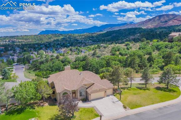 BoligBytte til USA,Colorado Springs, CO,Large family home, overlooks Colorado Springs,Boligbytte billeder