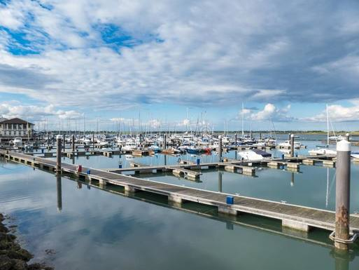 Home exchange in Ireland,County Dublin, Dublin,Malahide, by the sea, cosy 1 bed apartment,Home Exchange  Holiday Listing Image