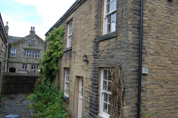 Home exchange in United Kingdom,Luddenden, Halifax, West Yorkshire,Grade 2 listed cottage near Hebden Bridge,Home Exchange  Listing Image