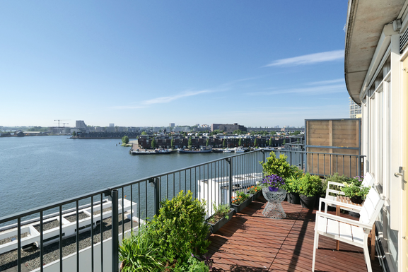 BoligBytte til Holland,Amsterdam, North Holland,Waterfront apartment with large terrace,Boligbytte billeder