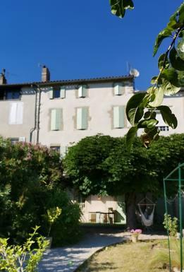 notre maison depuis le jardin