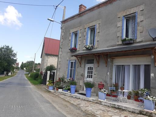 Wohnungstausch oder Haustausch in Frankreich,St Silvain sous Toulx, Limousin,Experience the relaxed rural French life,Home Exchange Listing Image