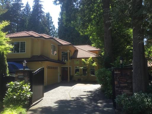 BoligBytte til Canada,North Vancouver, British Columbia,Capilano Heights home in park setting,Boligbytte billeder
