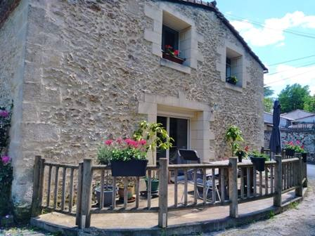 Home exchange in France,PREIGNAC, AQUITAINE,Stone house in the Bordeaux vineyards,Home Exchange  Holiday Listing Image