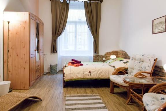 Wohnungstausch oder Haustausch in Tschechische Republik,Prague, Prague,Prague center apartment suitable for 2,Home Exchange Listing Image