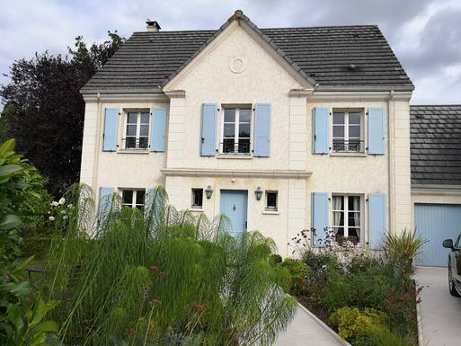 Home exchange in France,78470 - ST REMY LES CHEVREUSE, Yvelines,Town & country - Versailles 10K, Paris 30K SW,Home Exchange  Holiday Listing Image