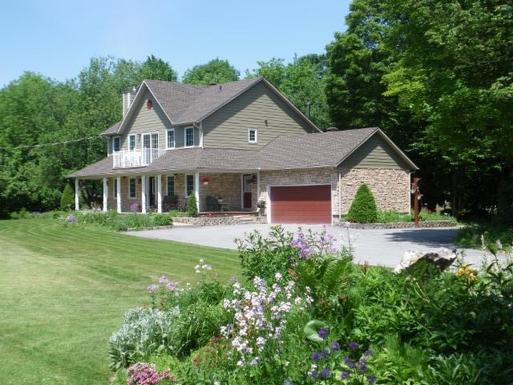 Bostadsbyte i Kanada,Ottawa, 5kms, Québec,Canada - Ottawa 10 kms,Home Exchange Listing Image