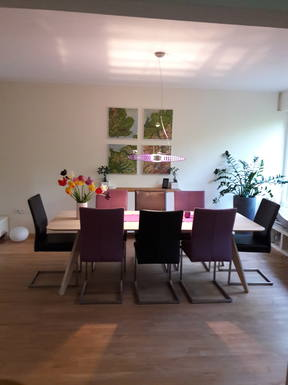Diningroom, table for 8 persons and more