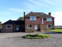 Koduvahetuse riik Suurbritannia,HAILSHAM, East Sussex,Farmhouse with spectacular views,Home Exchange Listing Image